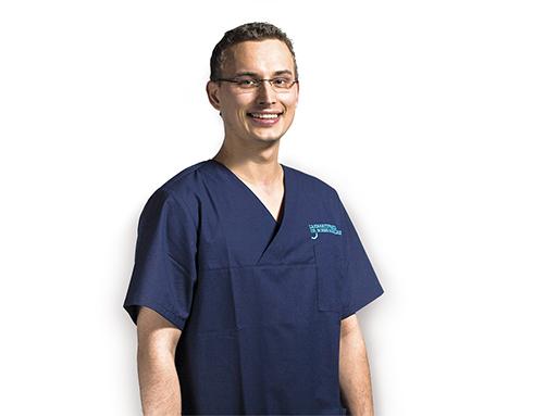 Zahnarzt Peter Leußner